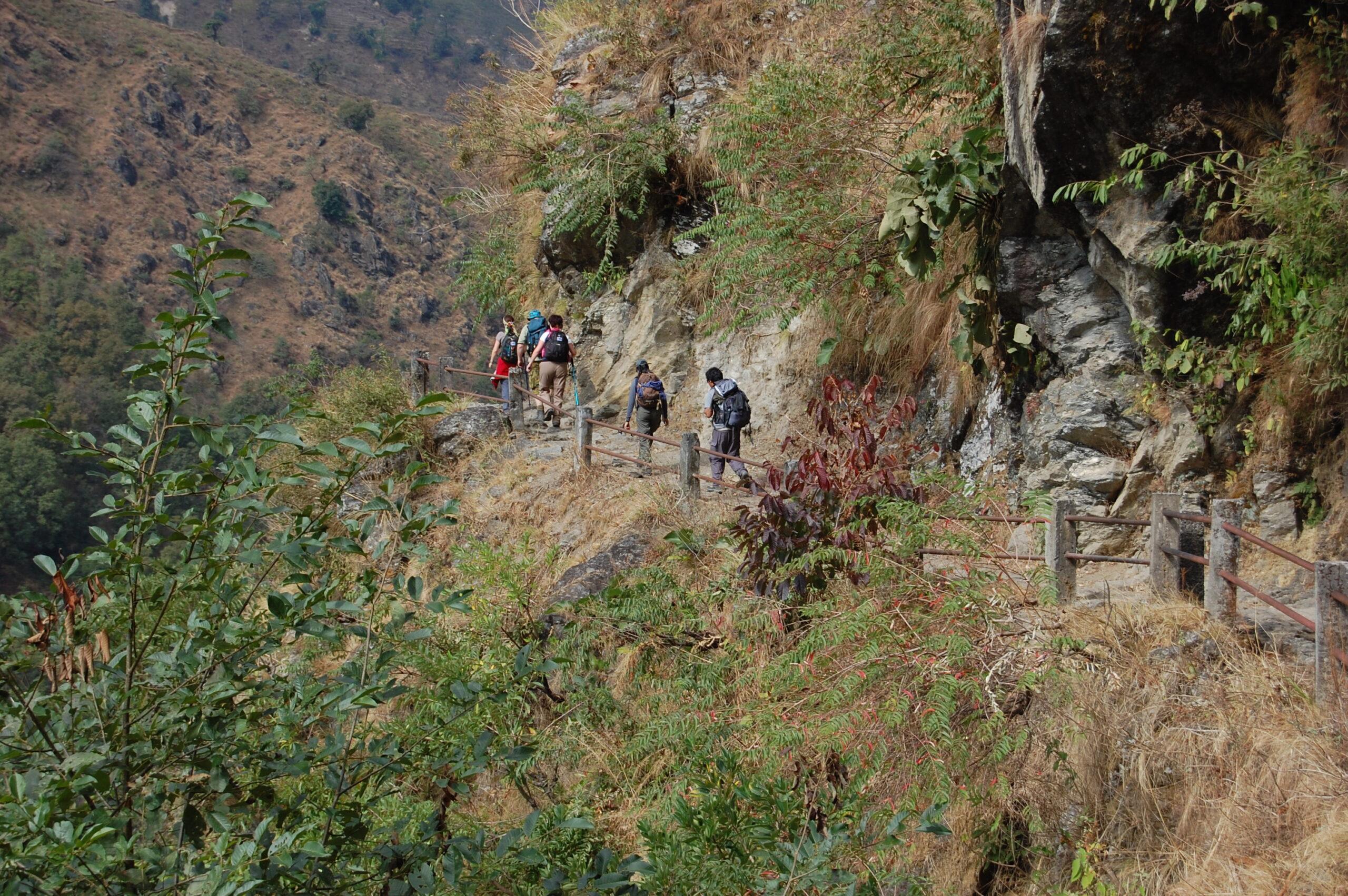 Trekkers on the Annapurna Circuit