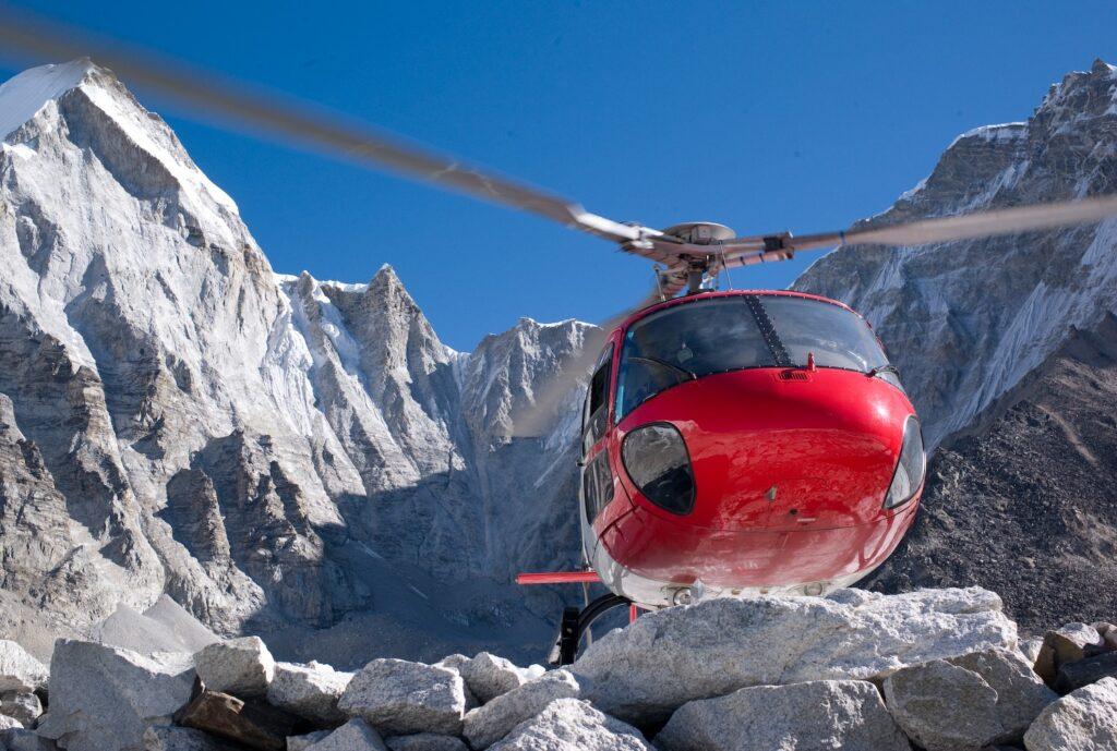 Everest Helicopter Landing